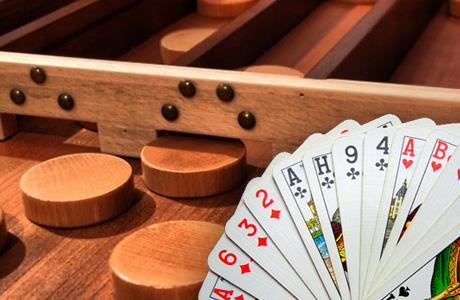 kaarten en sjoelen